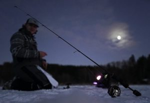 elliott rippineyes ice fishing